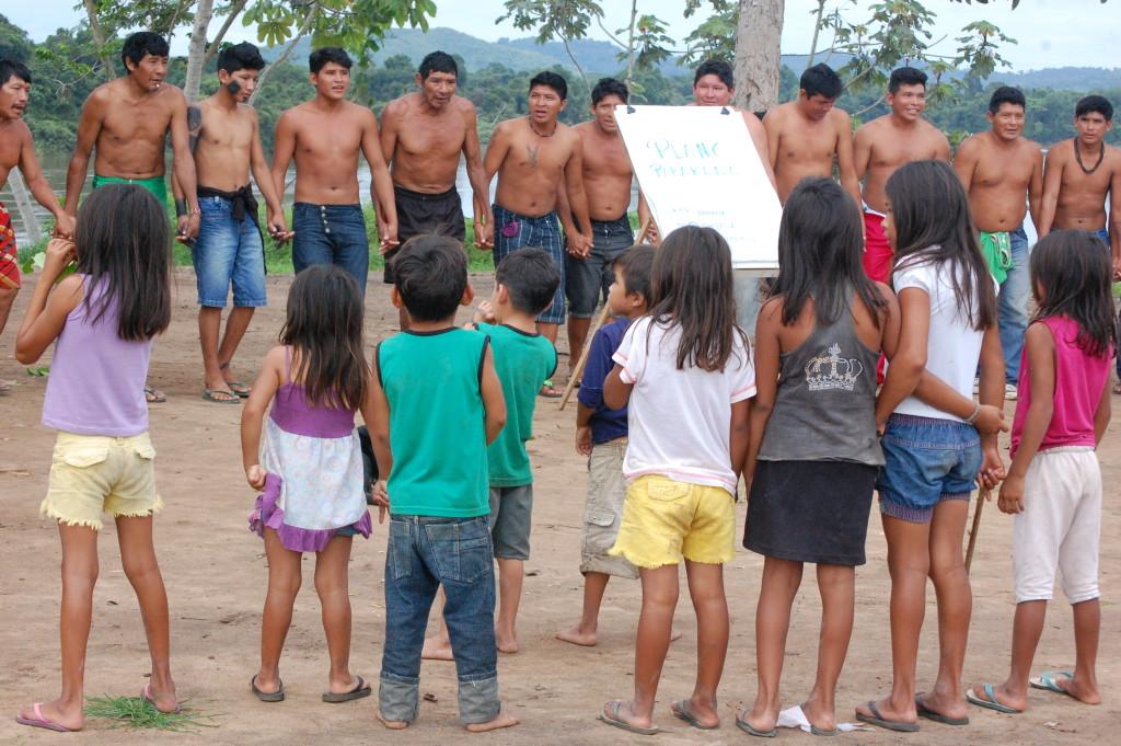 Dança tradicional Parakanã na validação do PGTA