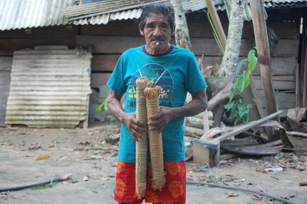 Cigarro artesanal Parakanã.