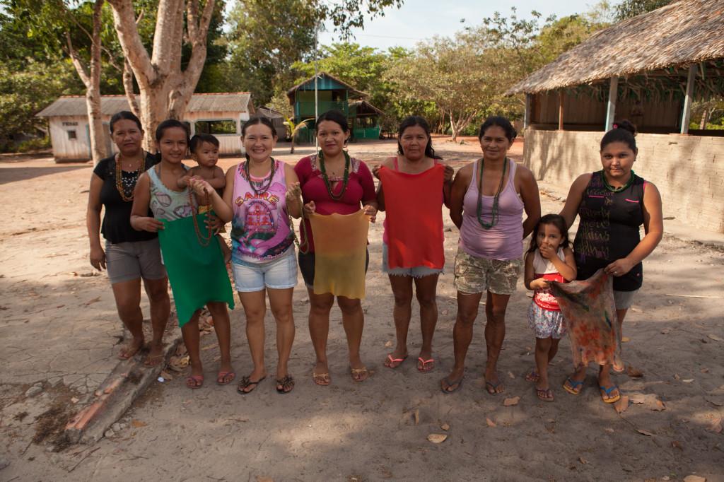 Artesãs de Jamaraquá. (Foto: Simone Giovine)